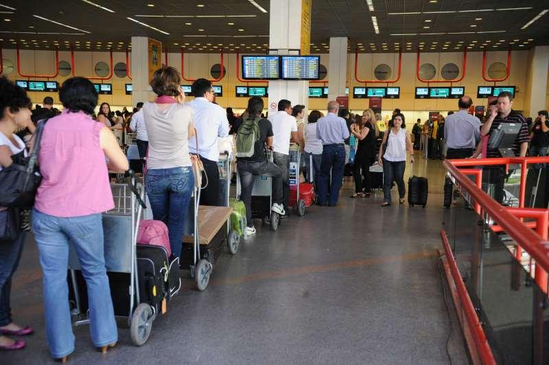 Gastos dos brasileiros no exterior somaram US$ 1,392 bi em dezembro