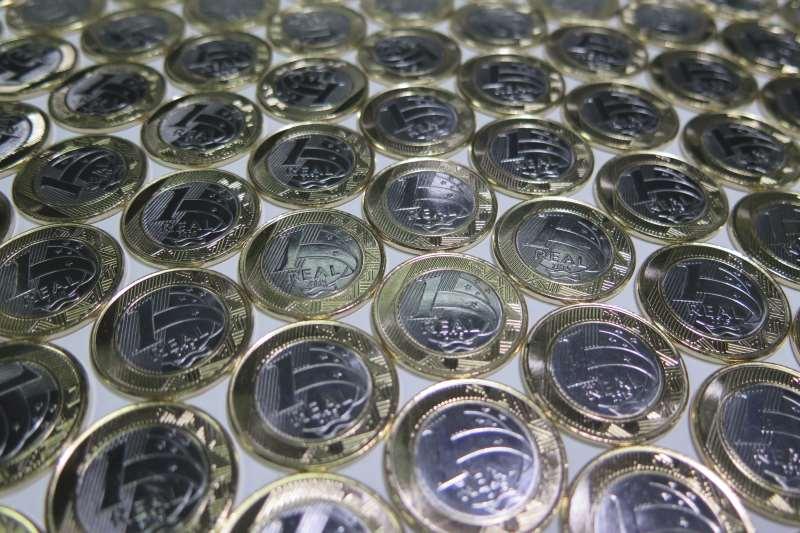 Dinheiro, cédula, moeda, real, grana, economia, carteira, poupança, salário