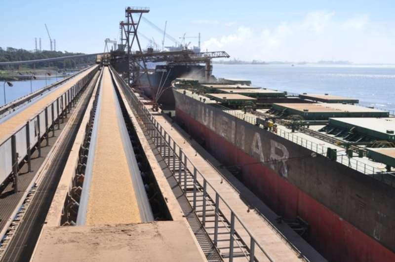 foto movimentação porto do Rio Grande divulgação Suprg.jpg