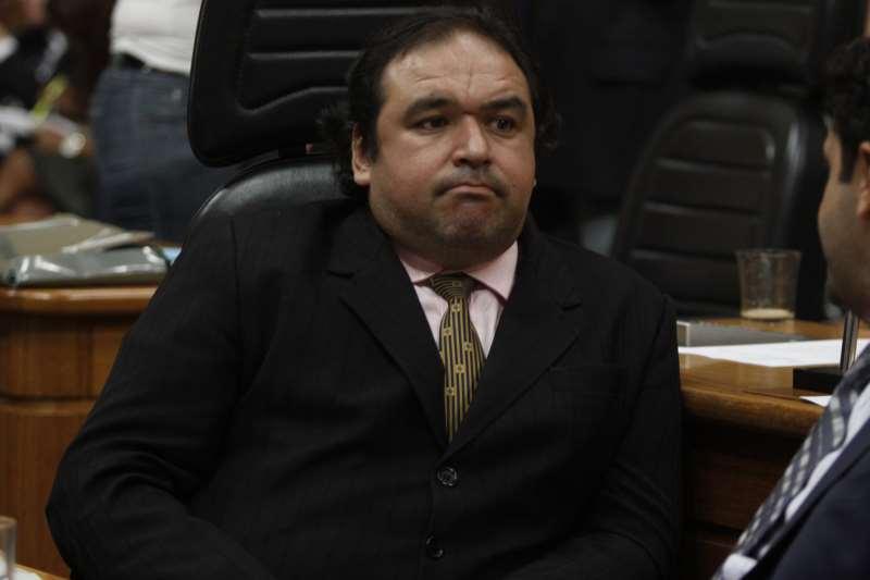 Dr. Thiago Duarte