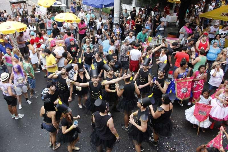 Bloco Maria do Bairro é atração neste sábado na Cidade Baixa