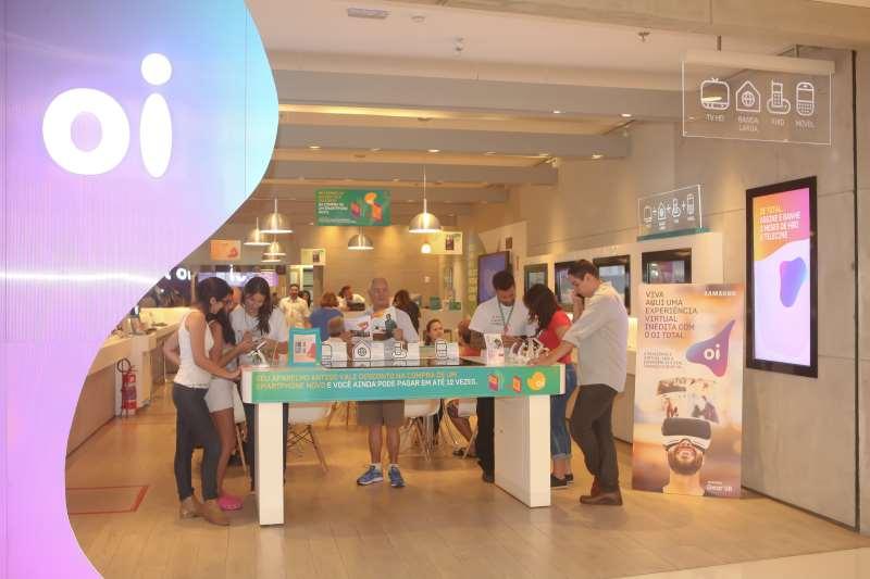 Loja da OI no Shopping Leblon exibe a nova logomarca da operadora de Telecomunicações Eny Miranda Divulgação