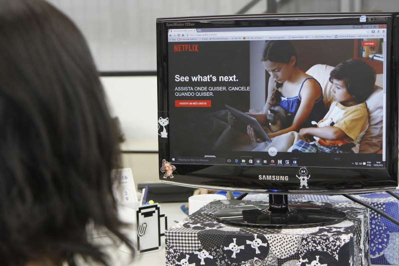 Tributação de streamings pode refletir em aumento no valor do serviço