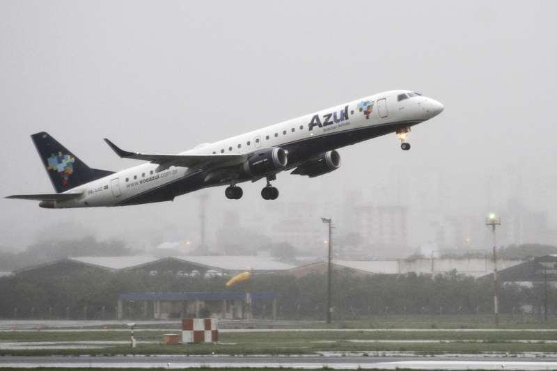 Receita líquida da companhia aérea cresceu 31% para R$ 2,617 bilhões