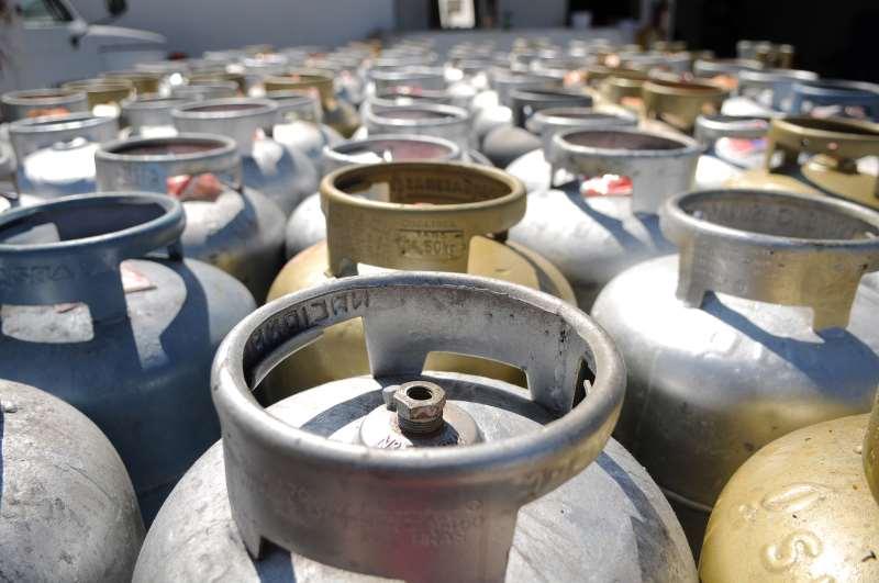 Aumento do botijão de gás é um grande peso na renda das famílias