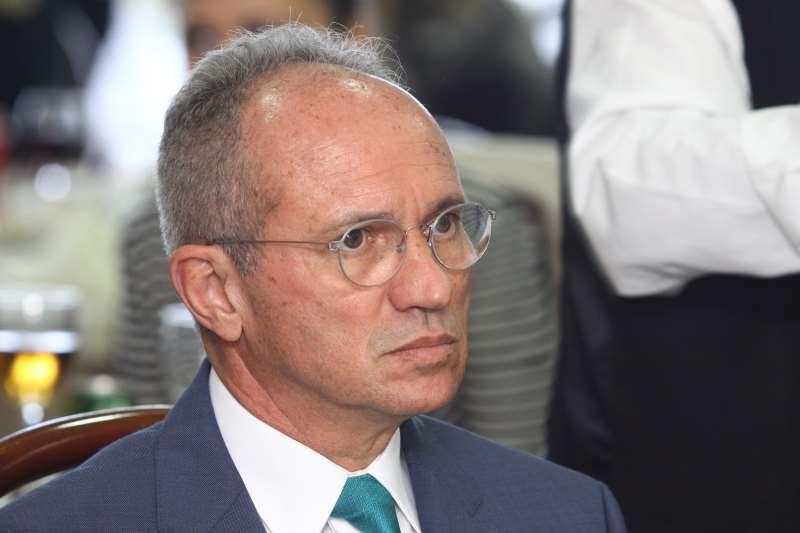 Paulo Hartung, governador do Espírito Santo, sem partido