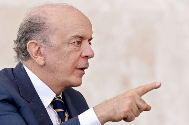 Brazilian Foreign Minister Jose Serra speaks during a ceremony of the presentation of credentials of Ambassadors at Planalto Palace in Brasilia on May 25, 2016. / AFP PHOTO / EVARISTO SA