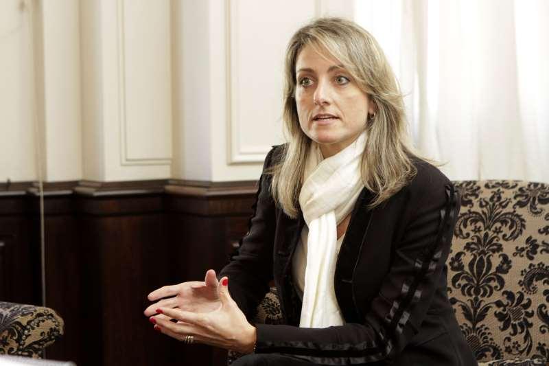 Simone oferece apoio irrestrito ao projeto de modernização do Estado