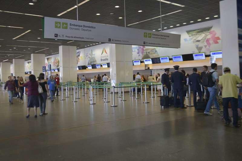 Aeroporto Internacional Juscelino Kubitschek, embarque nacional, embarque internacional, passageiros foto José Cruz Agência Brasil