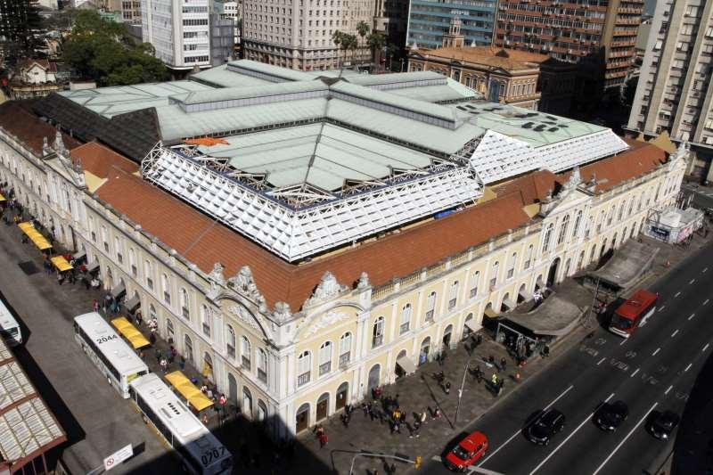 Concessão do Mercado Público é uma das possibilidades avaliadas pela prefeitura de Porto Alegre