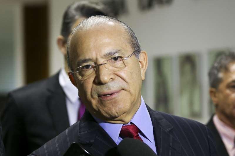 Ministro da Casa Civil, Eliseu Padilha, anunciou a decisão presidencial