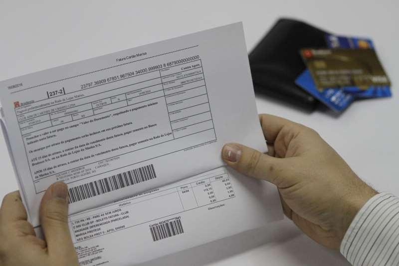 Atrasos no pagamento de contas de telecomunicações cresceram 7,76%