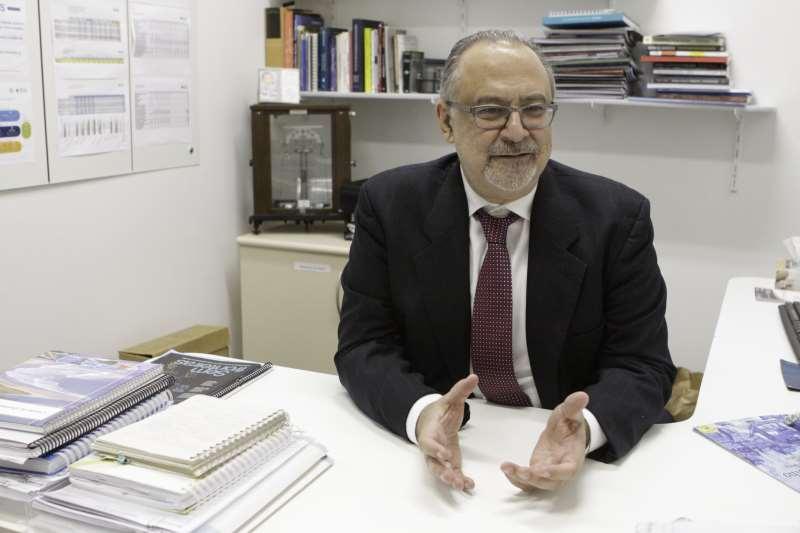 Neurologista gaúcho Carlos Gadia é referência mundial no assunto