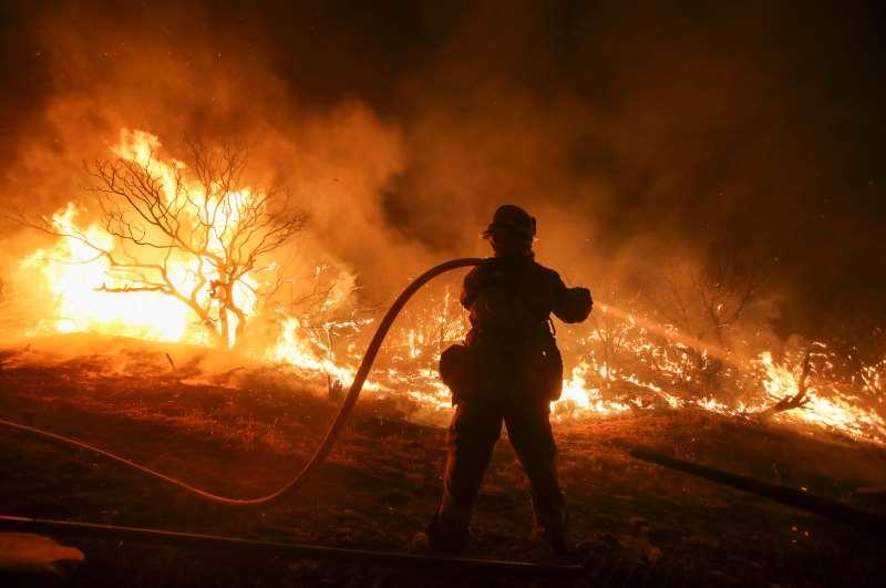 Na última década, país gastou U$ 350 bi para responder a tragédias naturais, como furacões e incêndios