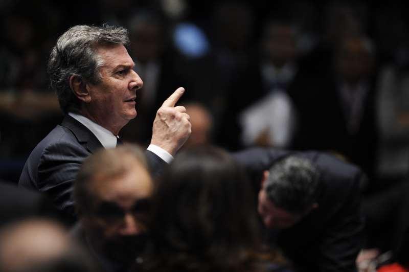 Ex-presidente vai liderar uma frente de partidos de oposição que inclui PSDB, PSB, PP e DEM