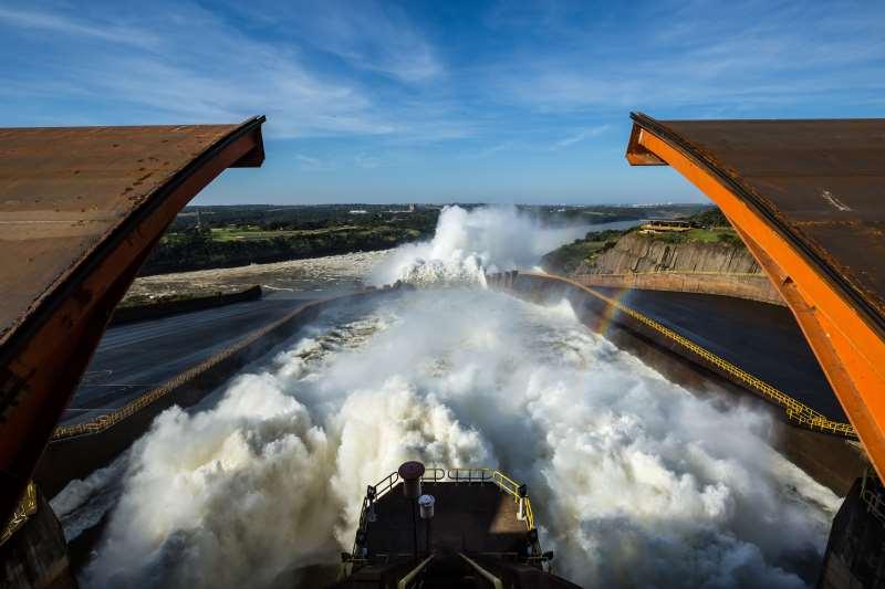 Baixo custo e facilidade de estocagem ainda favorecem as hidrelétricas