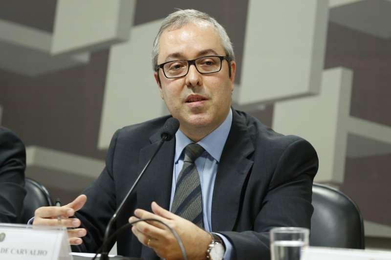 Melhora na alta dos preços já é sentida pela população, diz Carvalho
