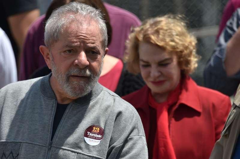 Procuradores apontam que Luiz Inácio Lula da Silva teria se beneficiado