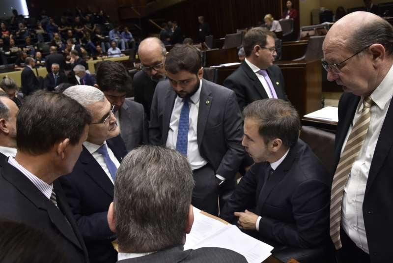 Articulações do líder do governo com independentes garantiu aprovação da medida