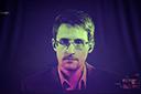Rússia concede direitos de residência permanente a Edward Snowden