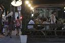 Restaurantes da Cidade Baixa já podem fazer pedidos para funcionar 24 horas
