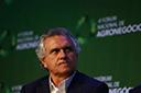 Governador de Goiás decreta estado de calamidade financeira