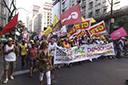 Marcha abre Fórum Social das Resistências em Porto Alegre