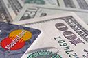 Dólar do cartão terá de ser o do dia da compra a partir de 2 de março