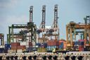 Desaceleração comercial tem fatores estruturais