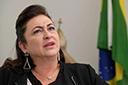 PMDB decide expulsar a senadora Kátia Abreu do partido
