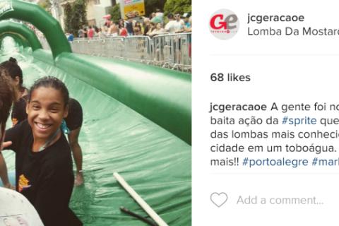 Mauro Schneider participa do toboágua patrocinado pela Sprite