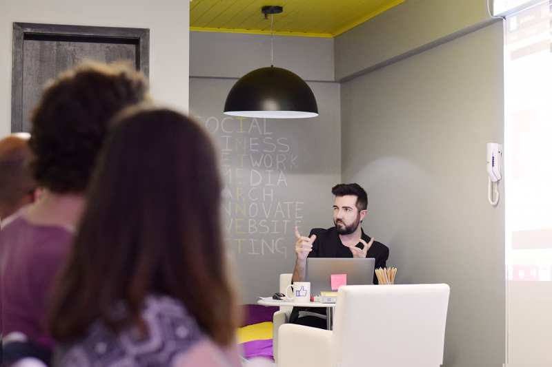 Rafael Terra, CEO da Fabulosa Ideia, sugere impulsionar as publicações