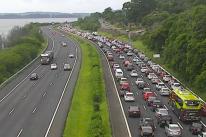 Freeway registra trânsito intenso na volta do feriadão