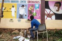 Africanos usam música e arte para conscientizar população sobre prevenção à Covid-19