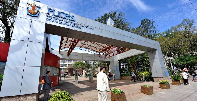 Universidade foca no aprendizado remoto para manter atendimento aos mais de 45 mil alunos