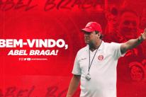 Um dia após demissão de Coudet, Inter anuncia Abel Braga como novo técnico